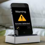 Un dock iPhone qui détecte la fumée